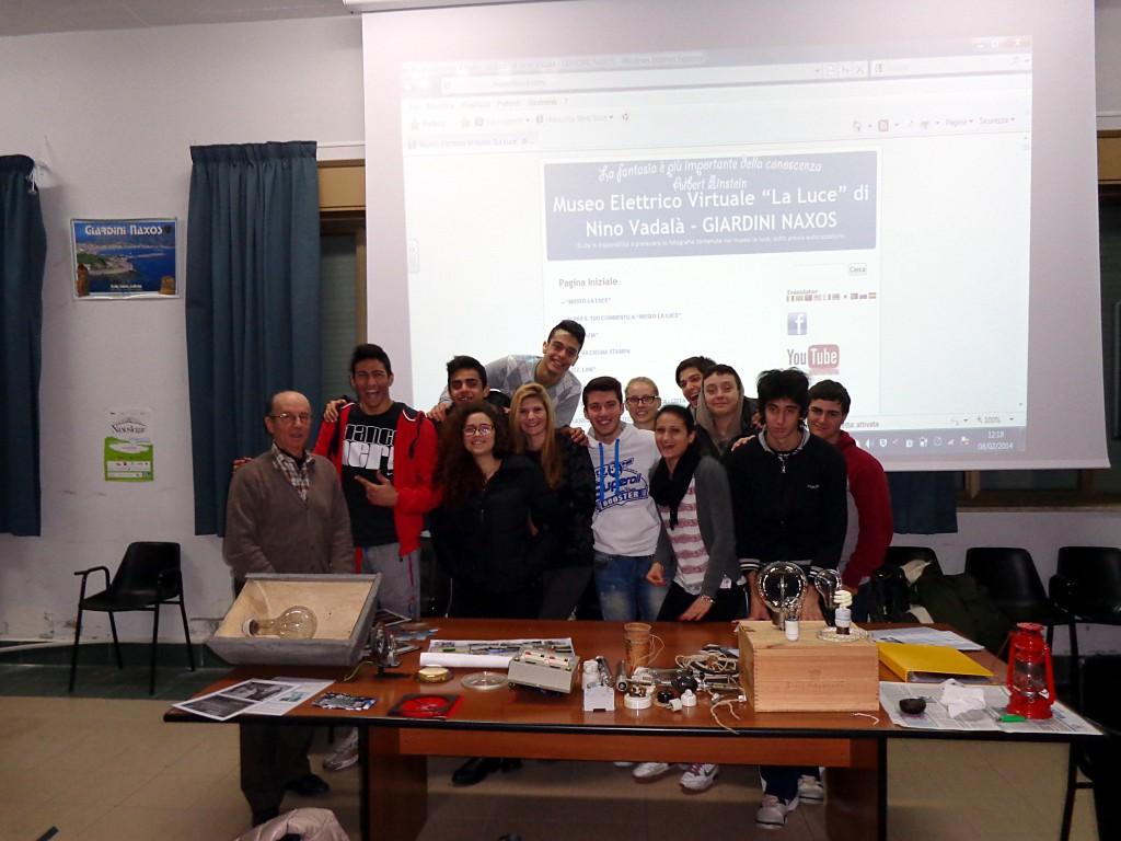 biografia-volontariato-nelle-scuole-4a-liceo-anno-2013-14-1