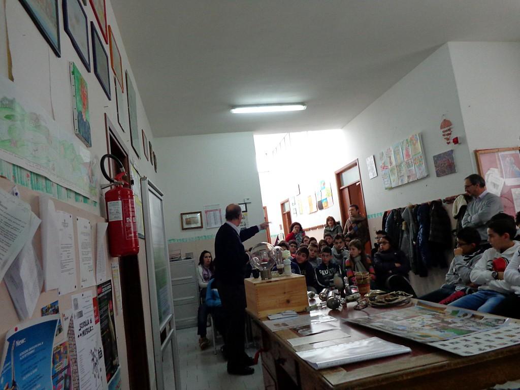 bipografia-volontariato-nelle-scuole-medie-gaggi-2013-14-1