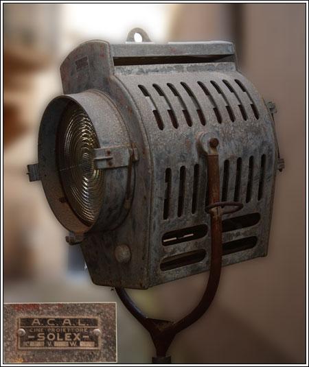 Cine proiettore Solex 5000 w. anni 40